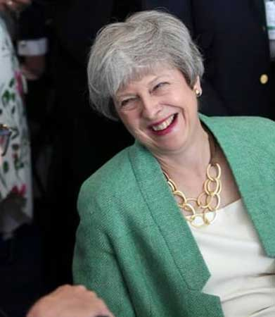 Theresa May demisie